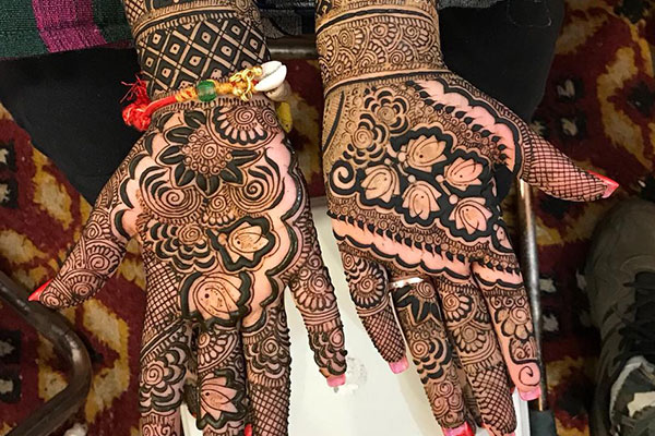 Flower Mehandi Design